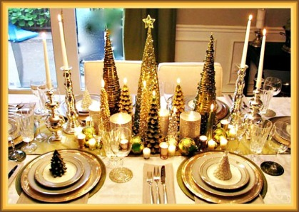 gold-christmas-trees-tablescape